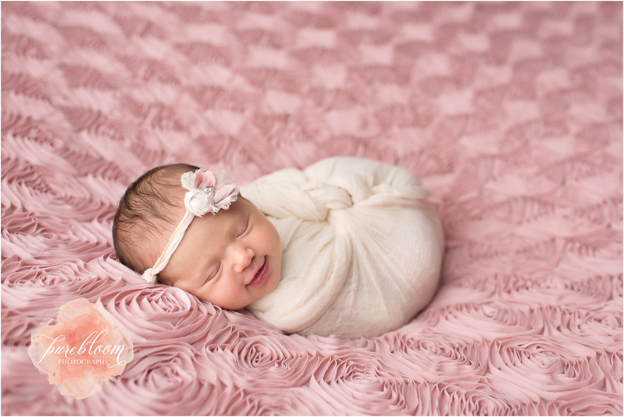 Tampa Artistic Newborn Photography | Baby Gabriella | Pure Bloom Photography